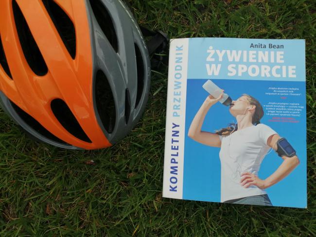 """Sportowo – """"Żywienie w sporcie"""", Anita Bean; Zysk i S-ka"""