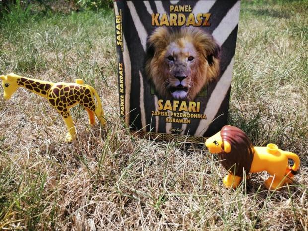 """Na podróż – """"Safari. Zapiski przewodnika karawan"""", Paweł Kardasz; Bernardinum"""