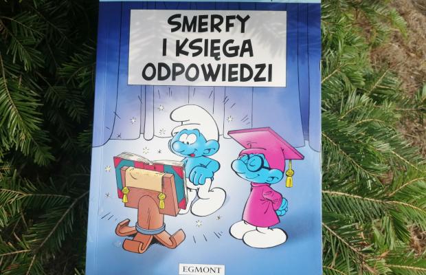 """Komiks """"Smerfy i księga odpowiedzi""""; Wydawnictwo EGMONT"""