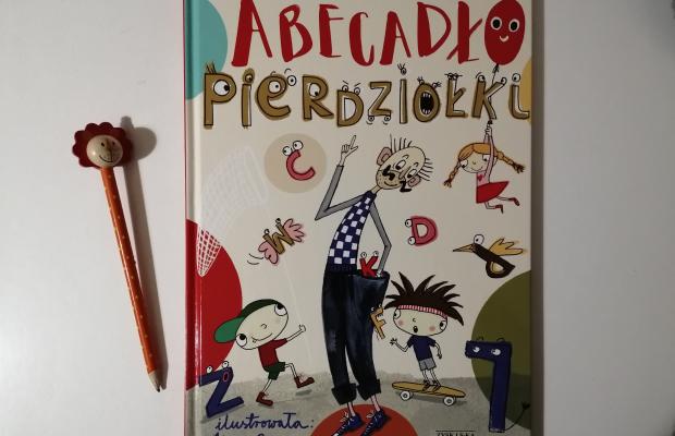 """Rym a rym – Il. Kasia Cerazy """"Abecadło Pierdziołki""""; Zysk i S-ka Wydawnictwo"""