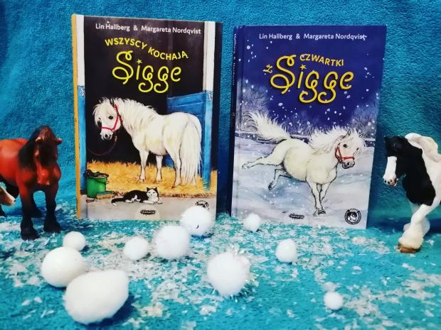 """KUCYKI """"Wszyscy kochają Sigge"""",""""Czwartki z Sigge"""" L.Hallberg; Mamania"""