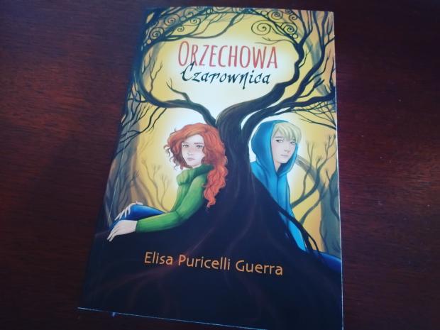 "Recenzja – ""Orzechowa Czarownica"" Elisa Puricelli Guerra; Akapit Press"