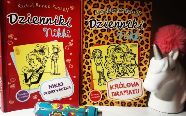 "DZIENNIKI NIKKI –  ""Nikki podrywaczka"" i ""Królowa dramatu"" R.R.Russel; Akapit Press"
